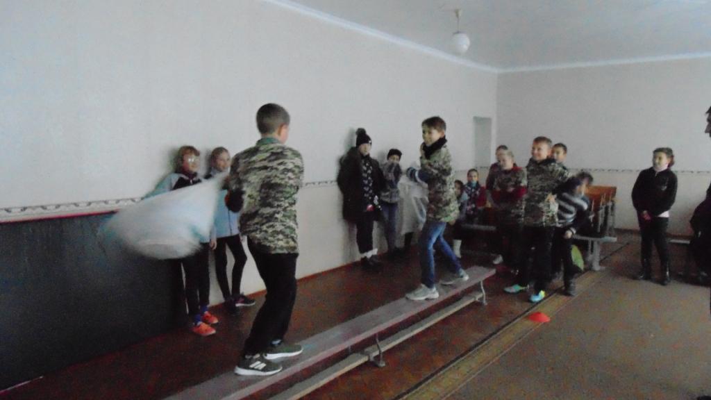 http://ivanivka-osvita.ucoz.ru/3/11/DSC04675.jpg