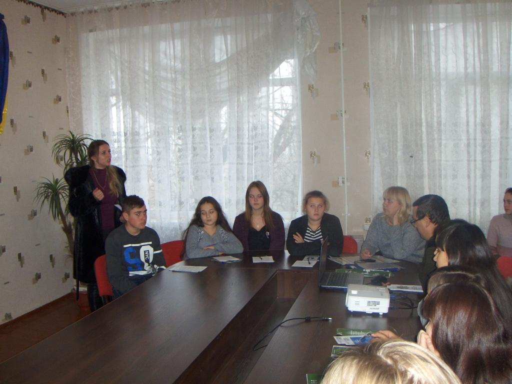 http://ivanivka-osvita.ucoz.ru/3/11/HPIM4842.jpg