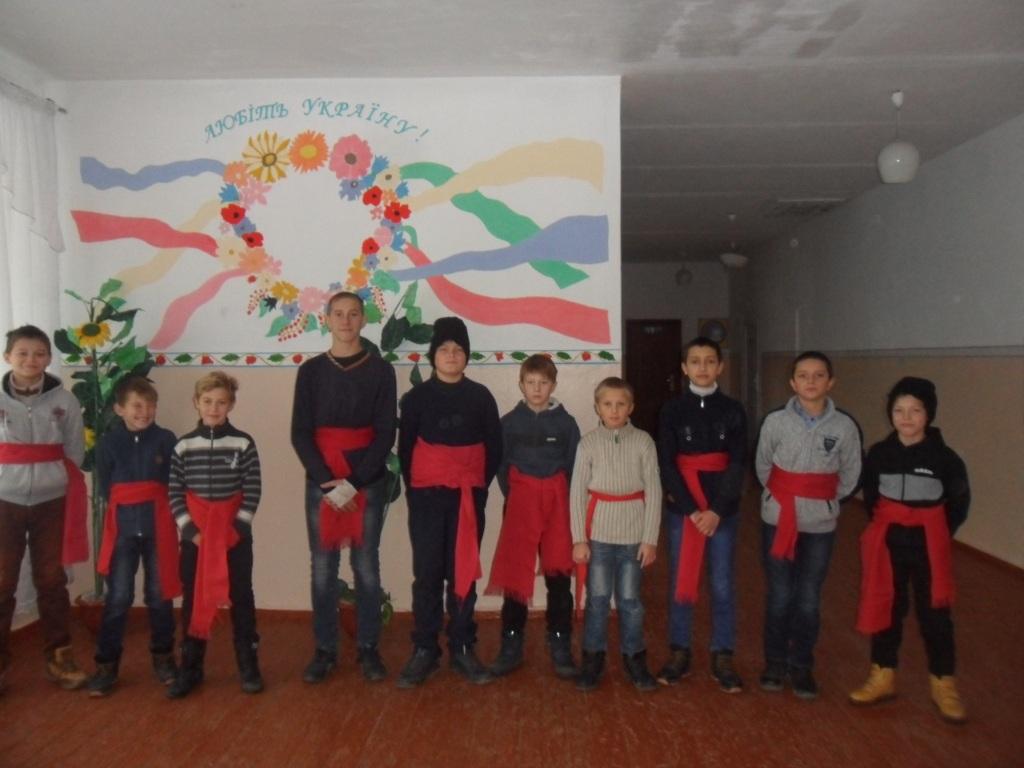 http://ivanivka-osvita.ucoz.ru/3/11/SAM_6398.jpg