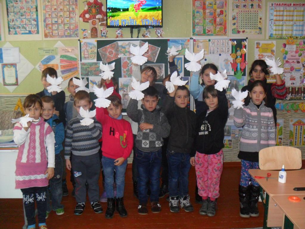 http://ivanivka-osvita.ucoz.ru/3/11/SAM_6688.jpg