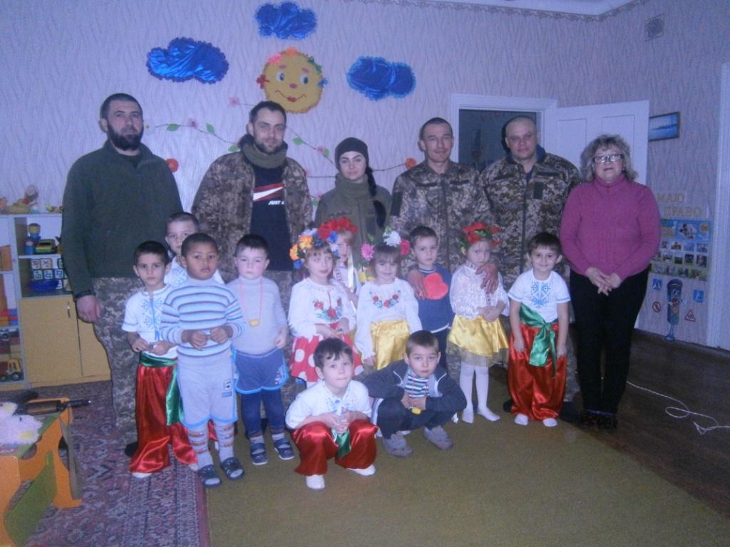http://ivanivka-osvita.ucoz.ru/3/19/P2120477.jpg