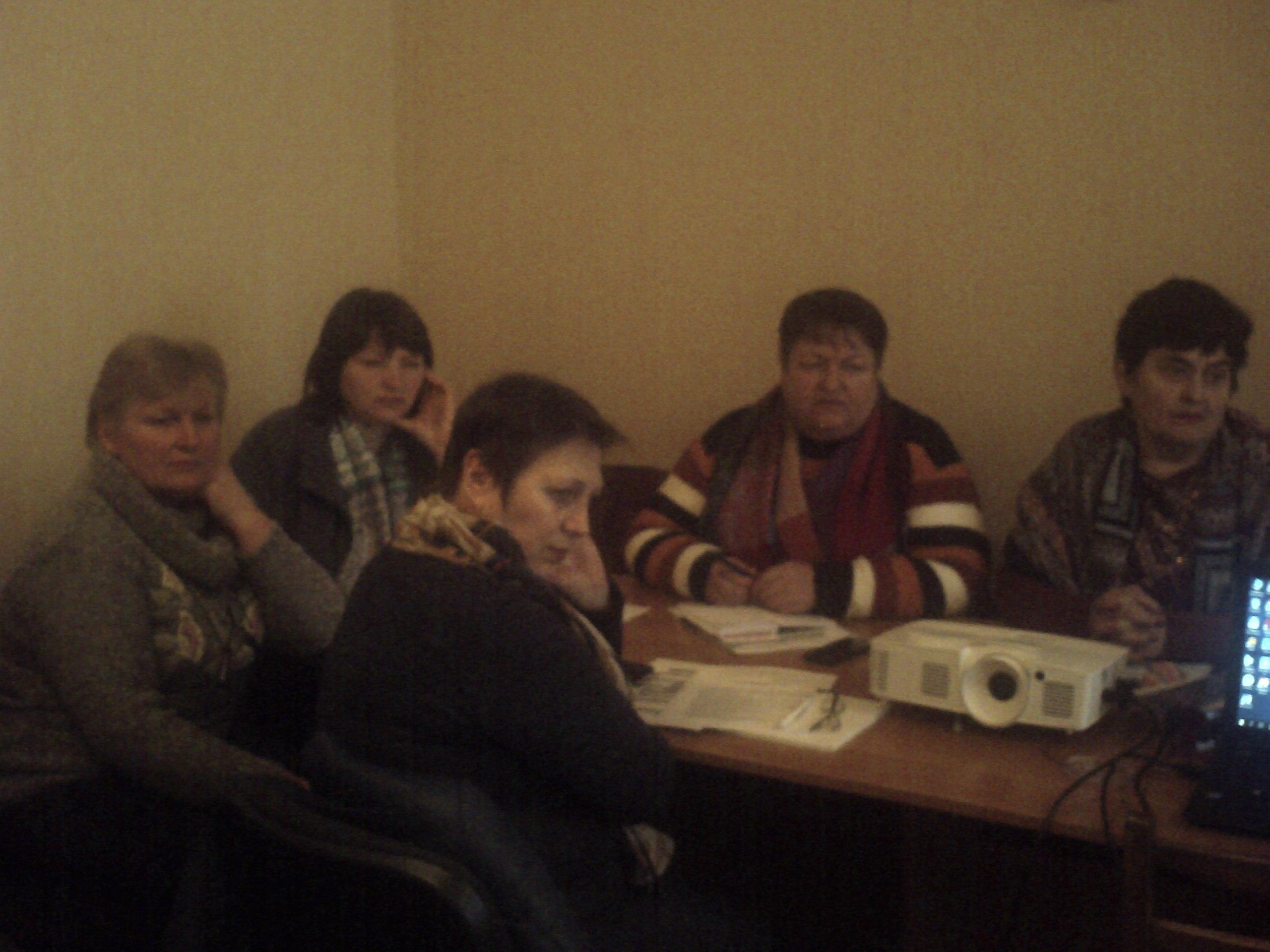 http://ivanivka-osvita.ucoz.ru/3/21/PICT0090.jpg