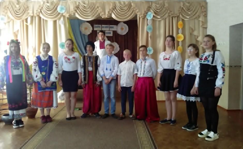 http://ivanivka-osvita.ucoz.ru/3/23/P_20190507_094146.jpg