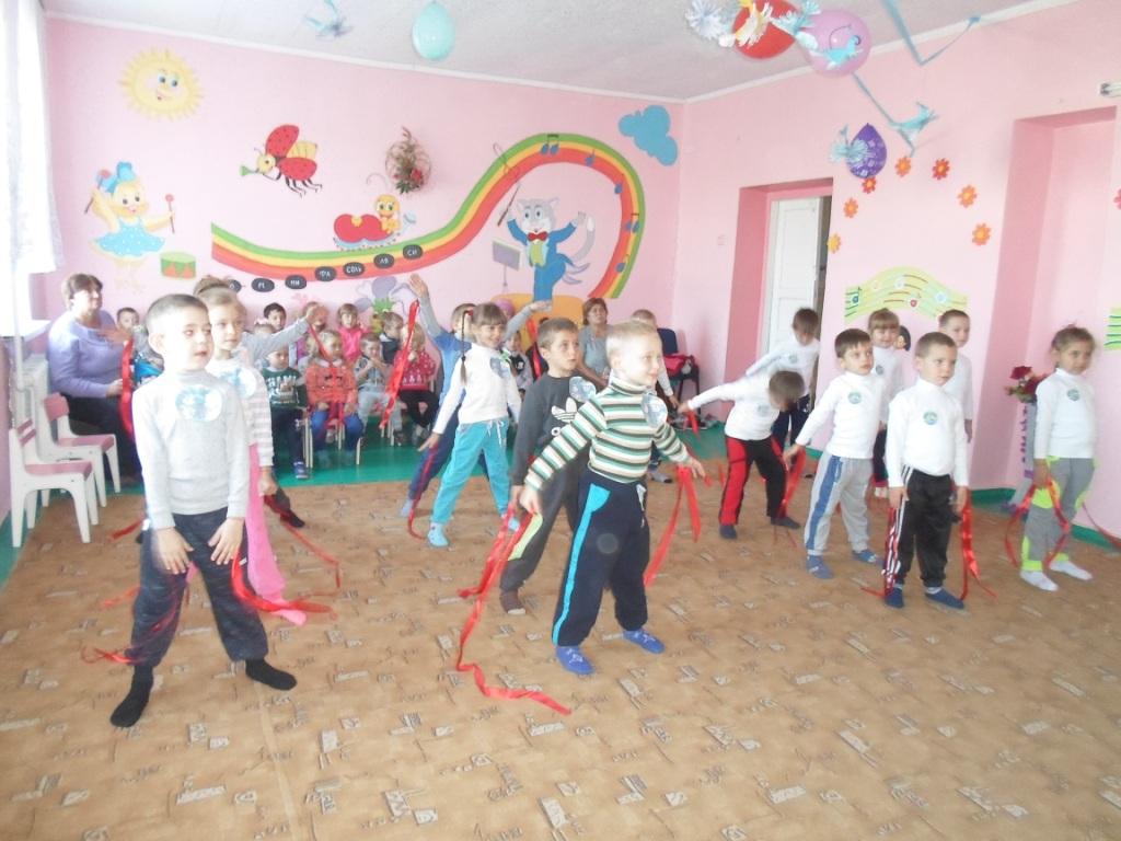 http://ivanivka-osvita.ucoz.ru/3/9/sam_2744_novodmitrivka.jpg